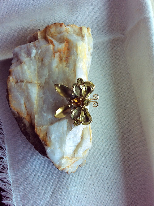 Vintage,Yellow Rhinestone Butterfly Pin Orange Center Stone, Brooch  Jewelry 34