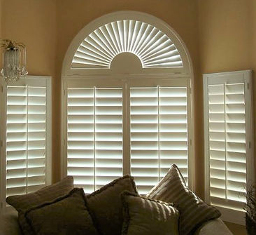 4.5 Louver panel with 2.5 Sunburst.jpg
