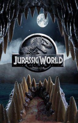 Jurassic World, 2015