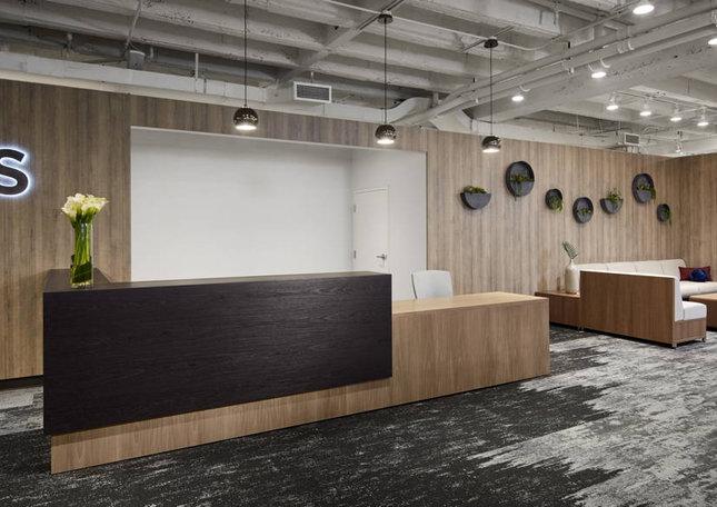 neocon-19-custom-reception-and-lb-lounge