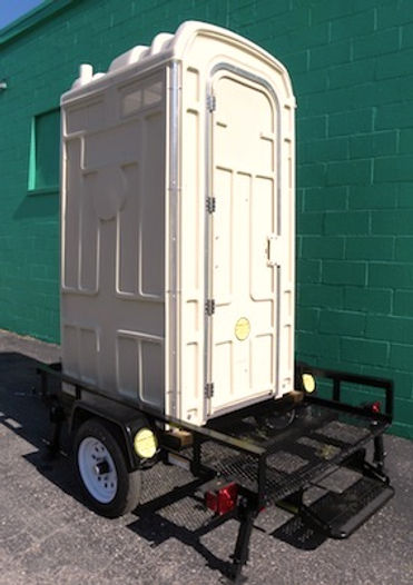 trailer mounted toilet, dump valve, DOT compliant Trailer, 4 jack stands