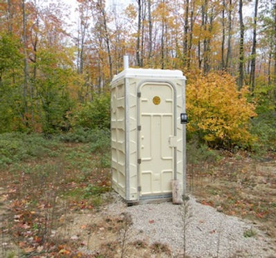 65 Gallon (260 Liters), Holding Tank, Toilet, Assembled
