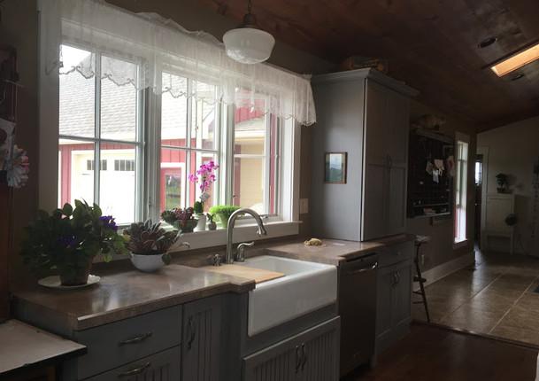 Farm_kitchensink.JPG