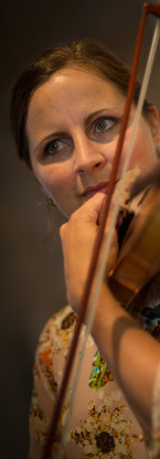 Eva violon.jpg
