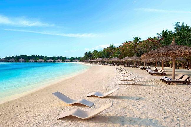 Cinnamon Dhonveli Surf Resort.jpg