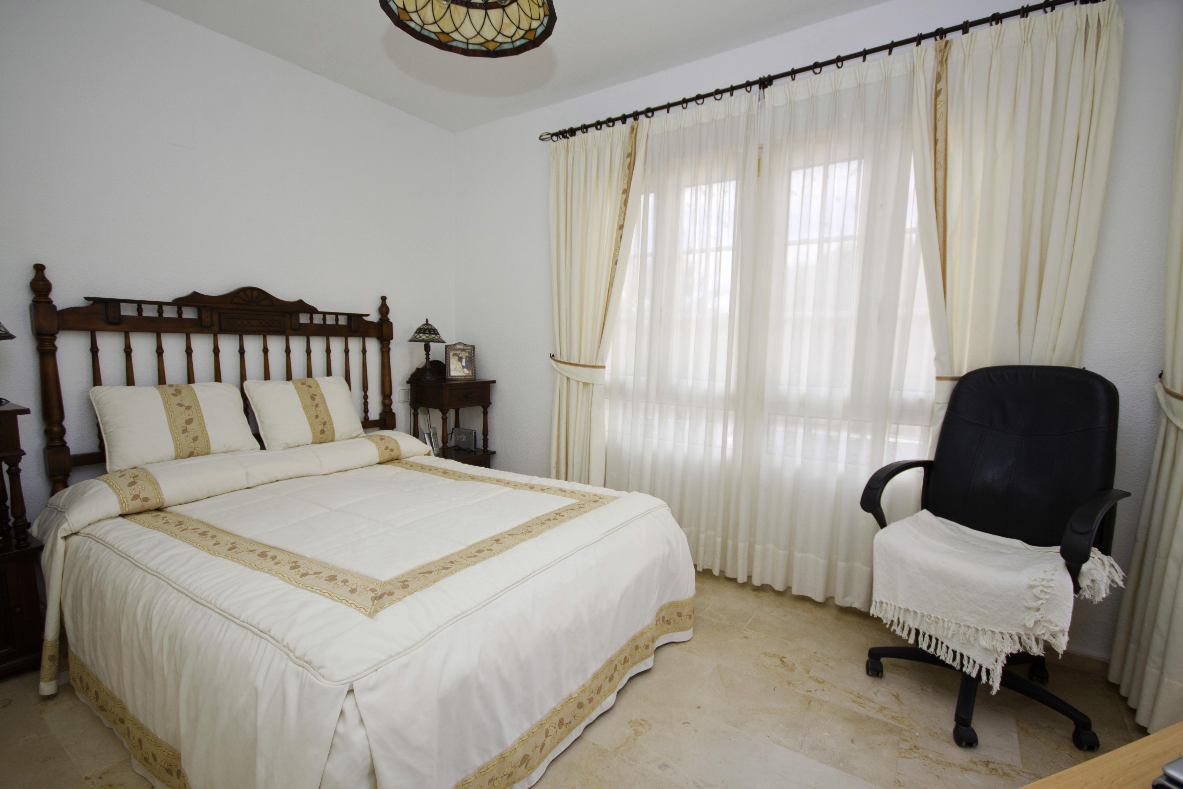 LR254 master bedroom