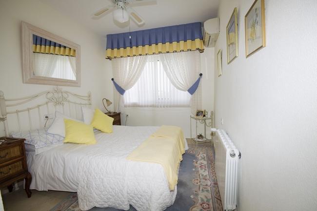 LR 144 bedroom2