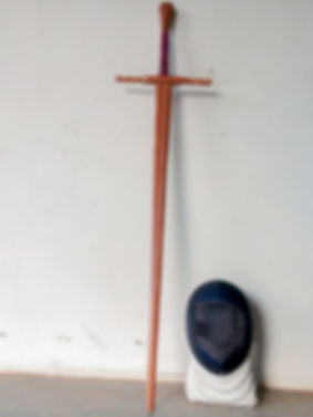 Espada de madeira Ipe feita artesanalmente funional para HEMA esgrima Histórca Wasters. Wooden Sword Historical Fencing