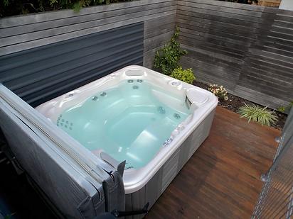 Martinborough spa pool