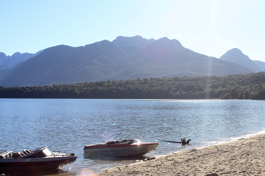 Lake Manapouri-min.jpg