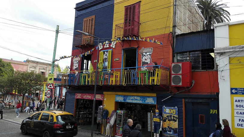 Colorful La Boca scene.jpg