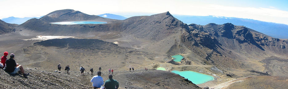 Tongariro Crossing Emerald Lakes & Blue