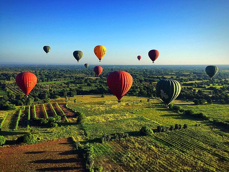 Bagan Hot Air Ballooons