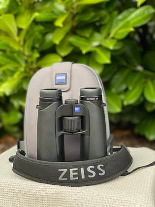 Pre Loved Zeiss Victory 10x42 SF Boxed as new