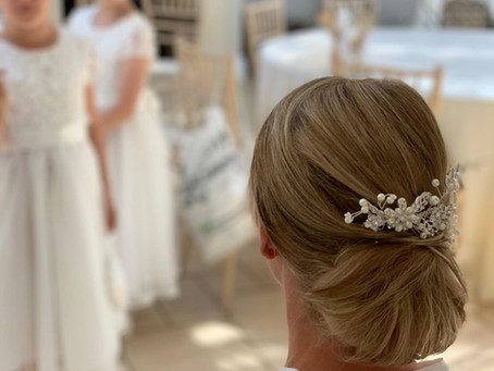 10 of the most amazing wedding updo's for 2019/2020