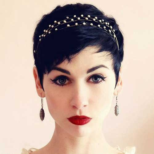 pixie wedding hair choppy fringe vintage bride