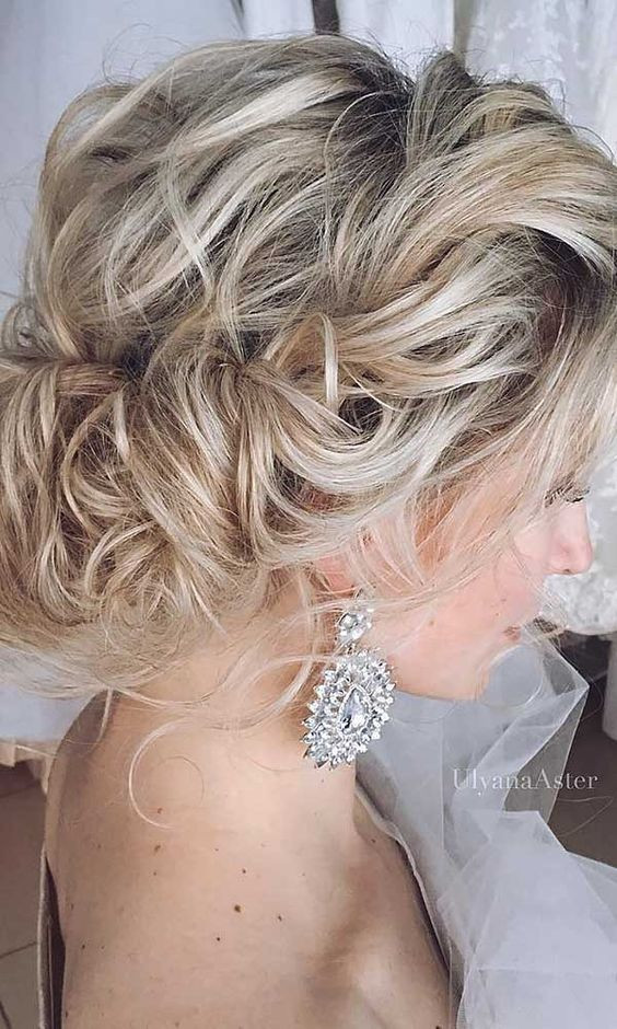 chignon for short wedding hair messy low bun