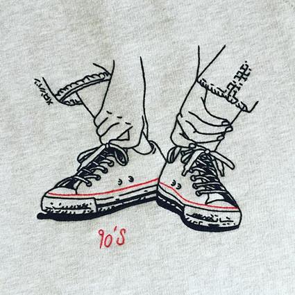 """""""90s"""" sweatshirt"""