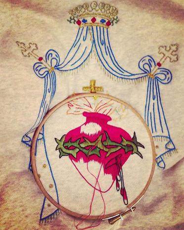 """Sacred Heart"" Hoody embroidered by hand"