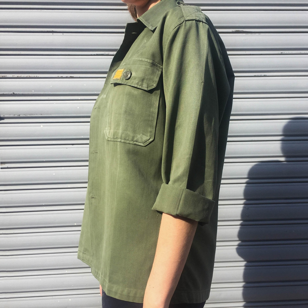 """Green vintage koreanmilitary jacket from the 60's, fully re-embroidered by hand: Faye Valentine & Spike Spiegel from the famous japanese anime """"Cowboy Bebop""""!For Women.  (size: S/M …well L can be fine too).    See below for more information."""