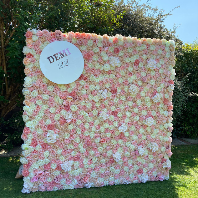 Flowerwall with personilisation