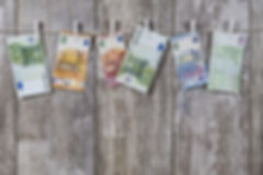 money-2991837_1920.jpg