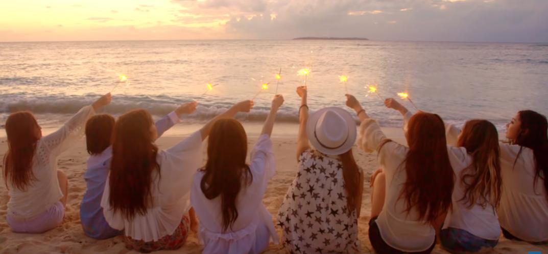 """러블리즈(Lovelyz) """"그대에게"""" MV"""