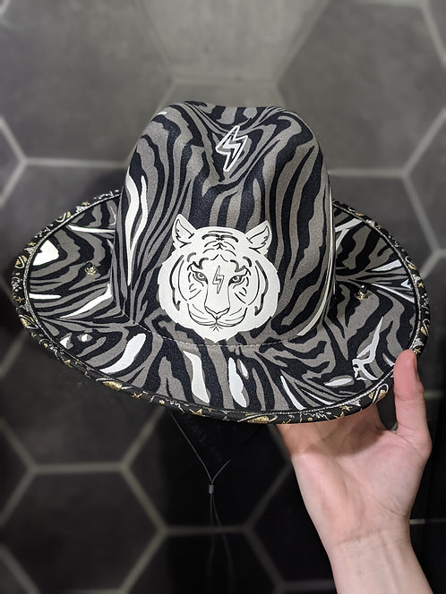 Reflective Tigre Hat