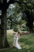 Cotswolds wedding photographer-12.jpg