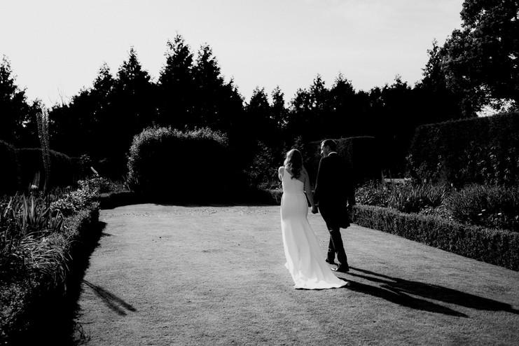 Cotswolds wedding photographer-55.jpg