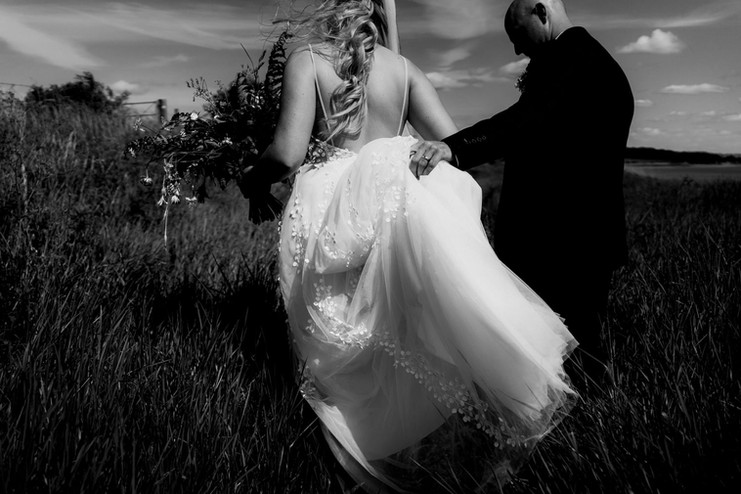 Cotswolds wedding photographer-3.jpg