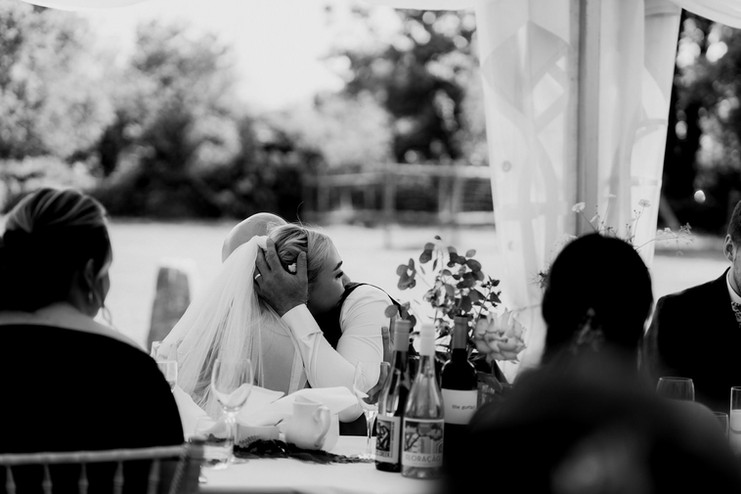 Cotswolds wedding photographer-6.jpg