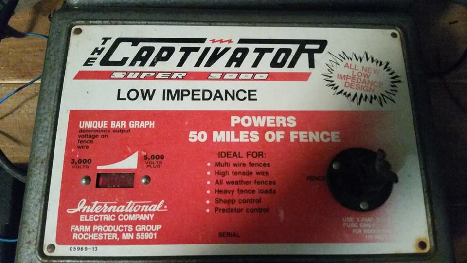 International Super 5000 Captivator