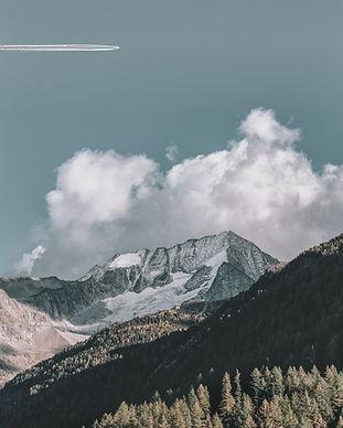 eberhard-grossgasteiger-jJKfRPoy9B0-unsplash.jpg