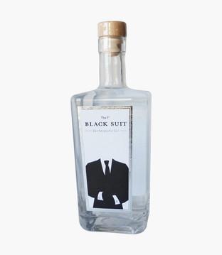 Black suit Gin