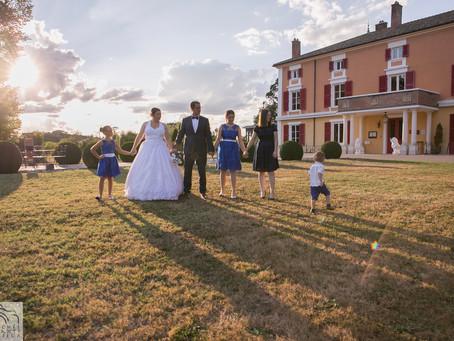 Rattrapage de photos de mariage pour les noces de coton des mariés - Château d'Epeyssoles (Ain)