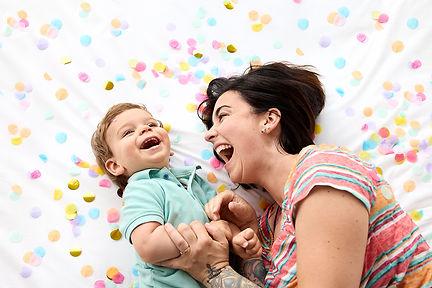 Séance photo lifestyle fun maman et bébé bonheur.jpg