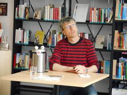 Lorentz Pauli