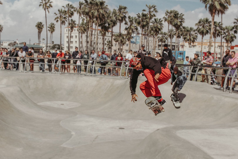 Documentary Street Photography of a skateboarder in Los Angeles, California