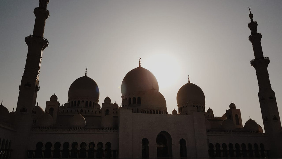 The Gem of the UAE - Our thoughts on visiting Sheikh Zayed Grand Mosque, Abu Dhabi