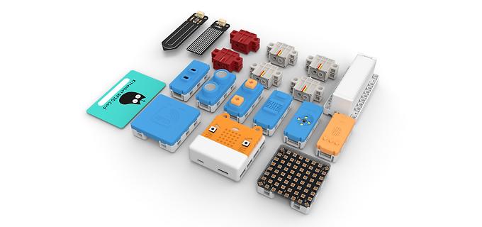 PowerBrick能量魔塊 Micro:bit邁向樂高的橋樑