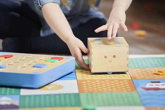 Cubetto小方頭機器人 創下眾籌歷史紀錄的ed-tech項目