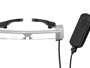 使用Epson MOVERIO AR 智慧眼鏡,釋放雙手,讓課堂教學更有趣!