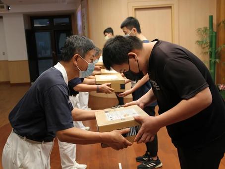筆電接通台南弱勢學子線上學習 慈濟華碩共善