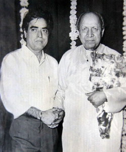 With Poet - Quateel Shifai
