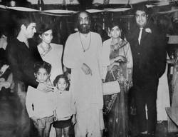 With Swami Chinmaya Nanda and family fri