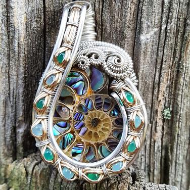 New custom _Ammonite inlay with paua she