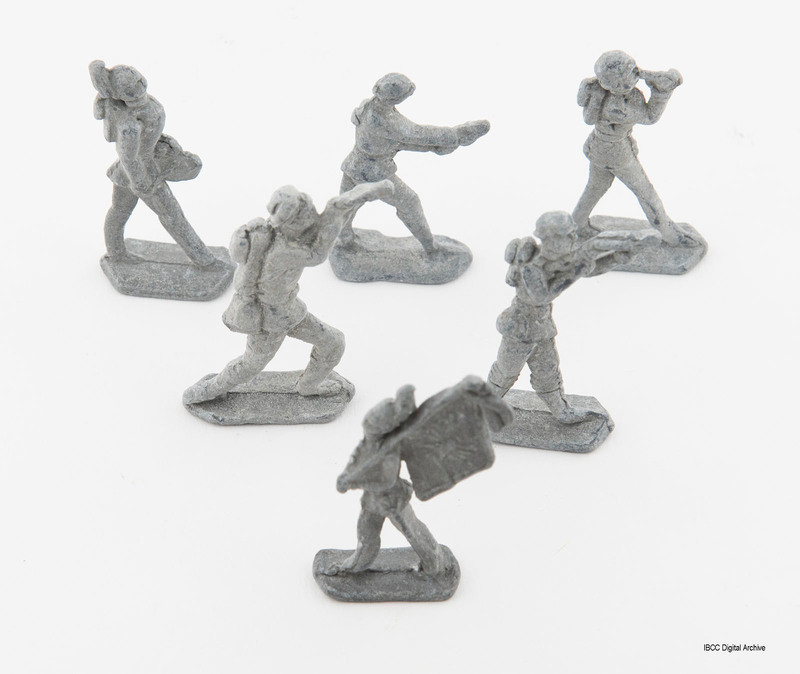 Child toys little soldiers