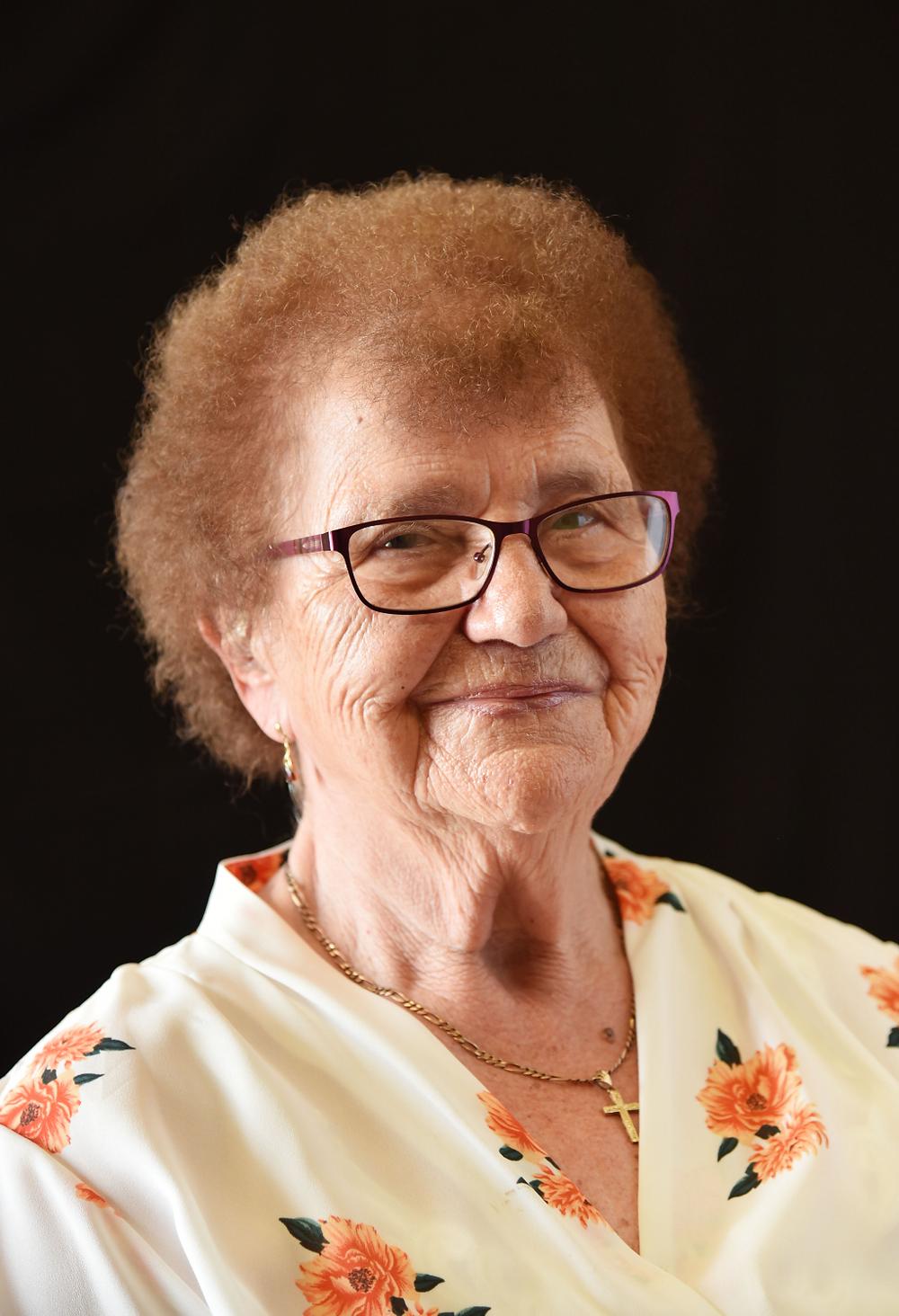 Helga Wynne portrait