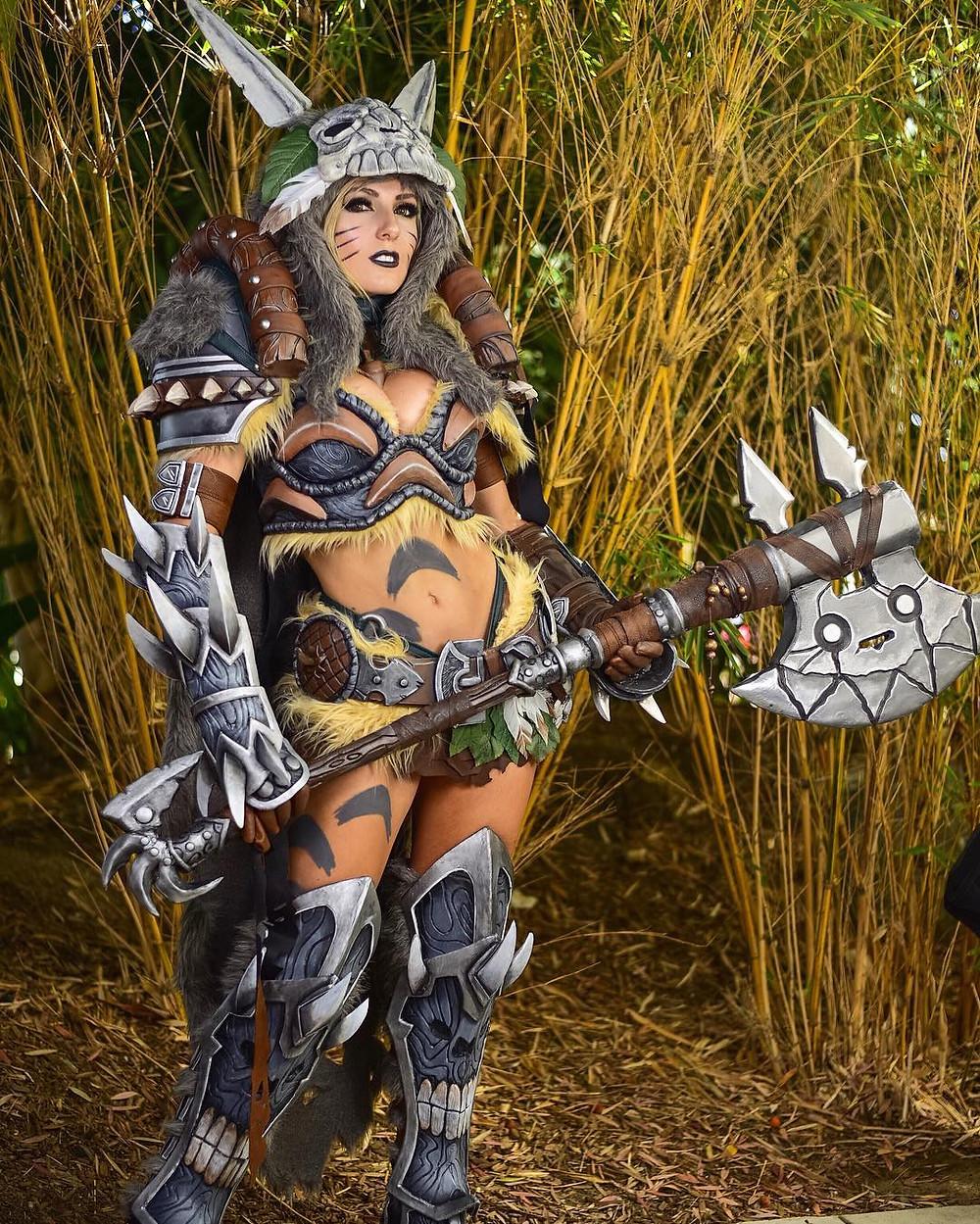 Jessica Nigri Necromancer totoro cosplay comic con 2016 Socially Gaming